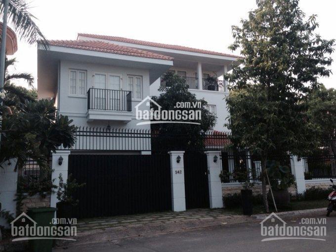Cho thuê biệt thự cao cấp Quốc Hương, Thảo Điền, Q2, 113.55 triệu/tháng, 5 phòng ngủ. 01203967718